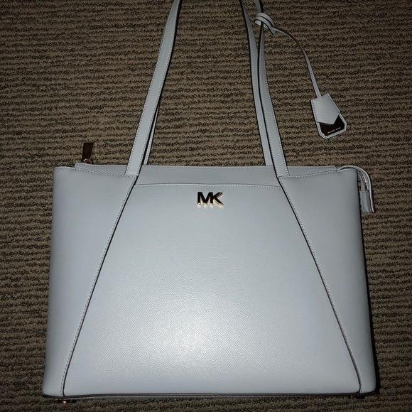 6b406a3c3f19 Michael Kors Maddie Medium Leather Pale Blue